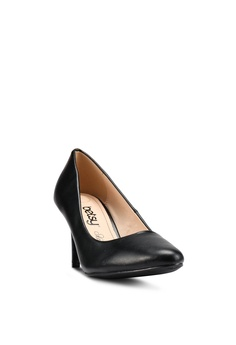 8e9b2b024eee 30% OFF BETSY Ella Court Heels RM 109.90 NOW RM 76.90 Available in several  sizes