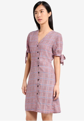 ZALORA red Buttoned Wrap Dress 2A9F7AADDE8A7EGS_1