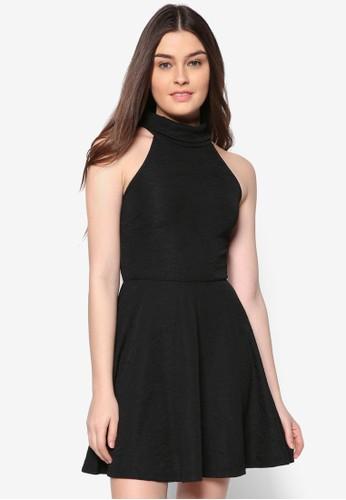 Lzalora 順豐ove 高領削肩傘擺洋裝, 服飾, 短洋裝