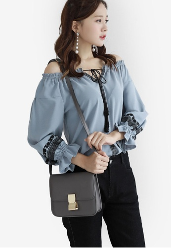 Eyescream blue Embroidered Sleeves Top EY853AA0SHJBMY_1