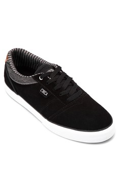 Goliath Lace-up Sneakers