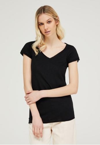 Sisley black V-neck T-shirt A82BBAA242E2E4GS_1