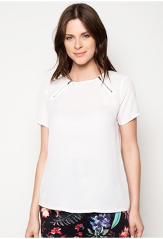 Blouse with Zipper Detail