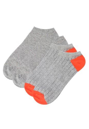 二入時尚船型襪組合、 服飾、 男性服飾Converse二入時尚船型襪組合最新折價