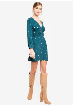 38c1906bf65d 60% OFF TOPSHOP Petite Spot Ruched Mini Dress S  89.90 NOW S  35.90 Sizes 8