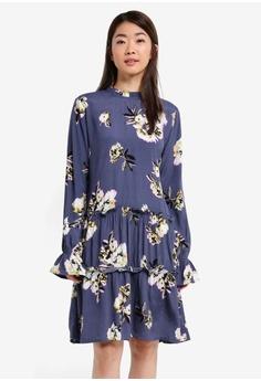 37472d9373b Shop Midi Dresses Collection Online   ZALORA Malaysia   Brunei. FREE ...
