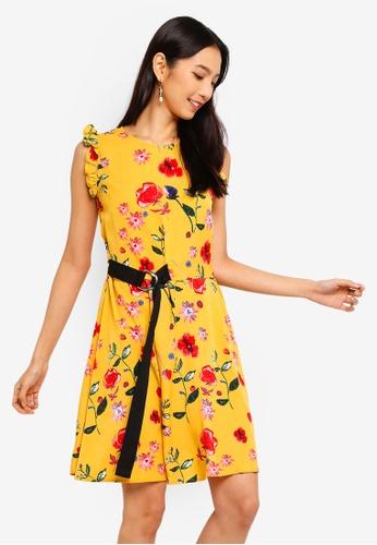 ZALORA 黃色 荷葉飾Sleeves 洋裝 With 腰帶 08F33AAFE620F2GS_1