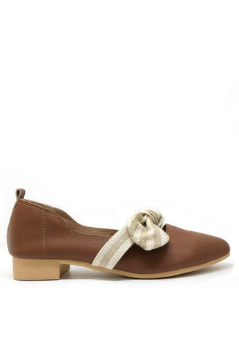 Twenty Eight Shoes brown Bow Non lining Pointy Flats 426-3 693A1SH7C09E9AGS_1
