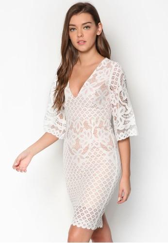 Charlie 蕾絲七分袖連身裙、 服飾、 洋裝BardotCharlie蕾絲七分袖連身裙最新折價