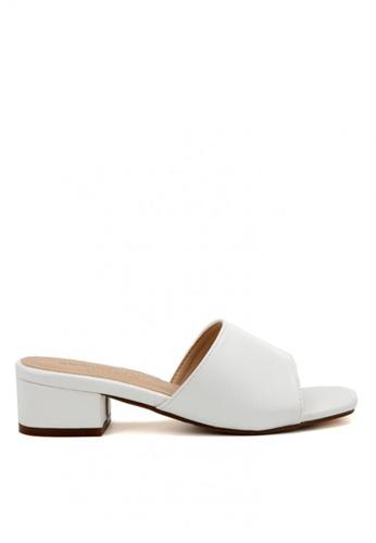 KissXXX 白色 清新氣質馬卡龍色系絨面小方頭一字款中跟時尚拖鞋 KI603SH09LEYTW_1