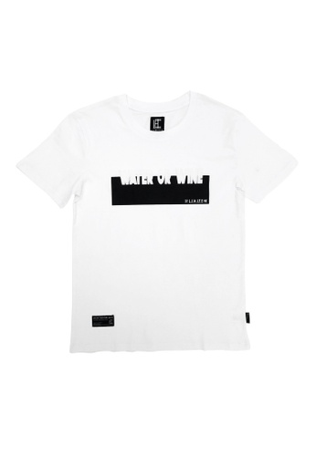 L.I.M.I.T.E white Regular fit Embossing with Silicon Printed TEE 5E8BBAAD4C9068GS_1