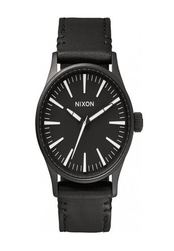 Nixon black SENTRY 38 LEATHER BLACK/WHITE 343AAAC45406D0GS_1