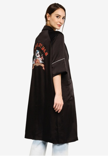 Hopeshow black Long Open Front Robe with Back Embroidery 26E4DAACB3C49EGS_1