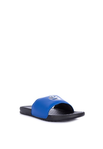 promo code 11772 9f11b Shop Nike Nike Benassi