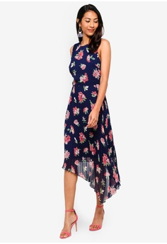 2861a92436 60% OFF WAREHOUSE Int Floral Spot Pleated Dress S  149.00 NOW S  59.90  Available in several sizes