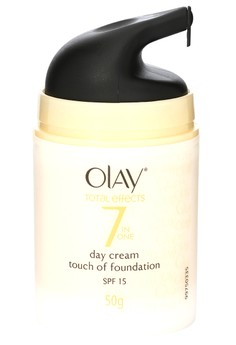 Total Effects Anti-Ageing Day Cream Touch of Foundation (50g)