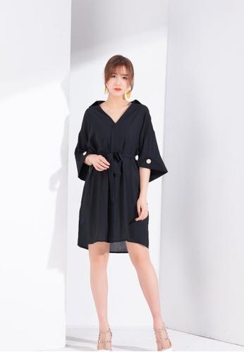 Zafiti black V Neckline Relax Fit Dress With Belt 294DFAA13CE305GS_1