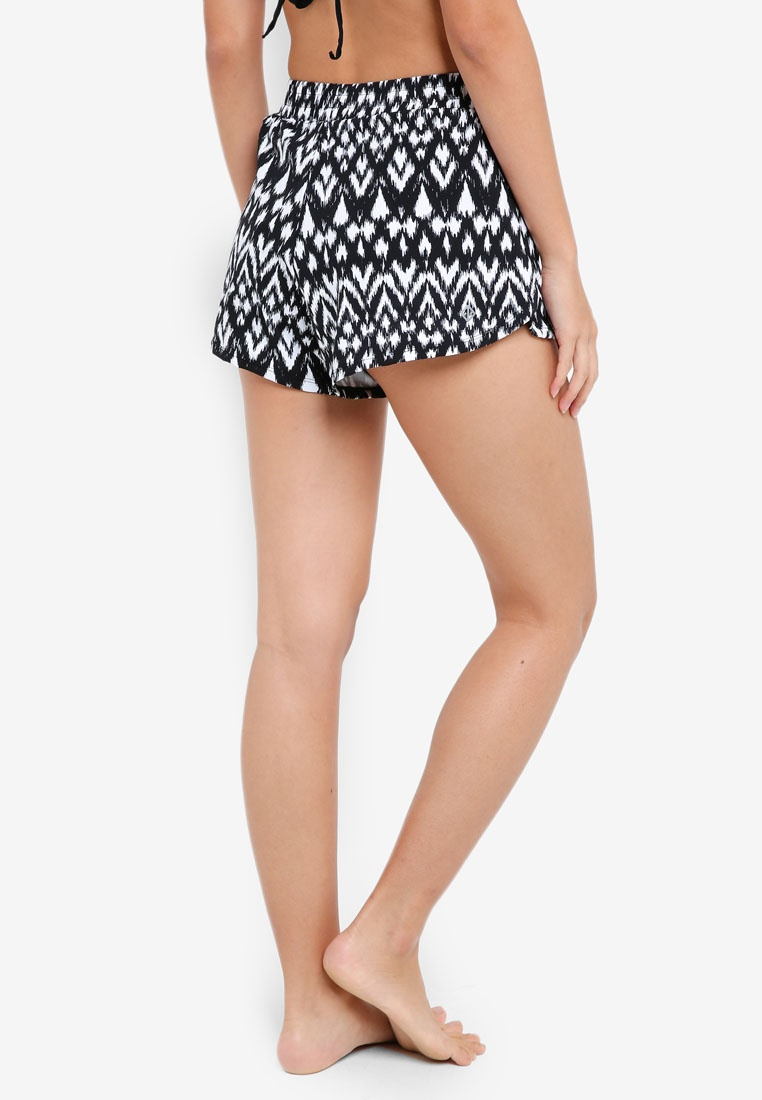 White In Black Shorts Funfit Aztec Hem Petal qatXwCY