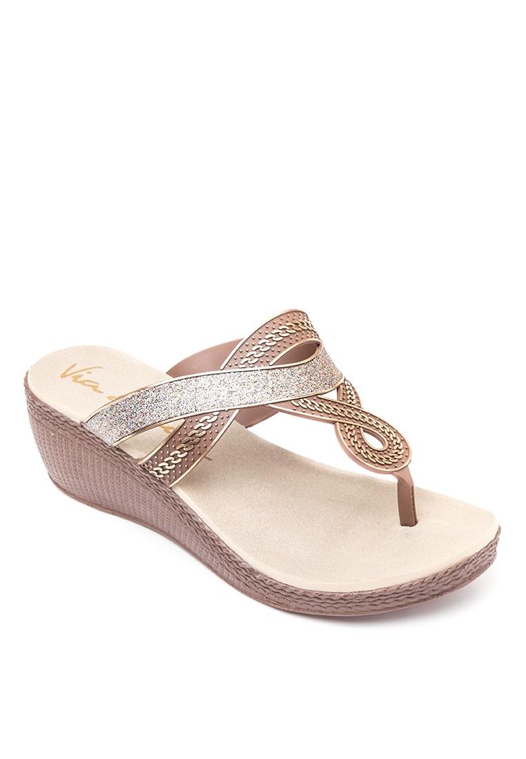 Via beach by G&G Thong Slip-on Wedge Sandals