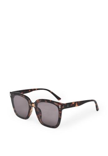 9 to 12 brown Oversized Square Sunglasses Kacamata Wanita [8899] F0AF6GL6ED7D15GS_1