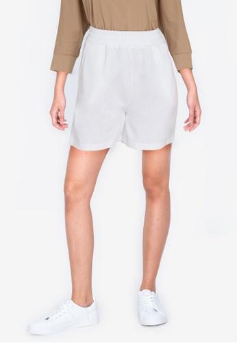 ZALORA BASICS white Sweat Shorts 41519AAFCB040BGS_1
