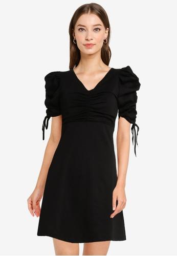 Urban Revivo black Ruched Tie Sleeve Dress 578ADAAC0E5B08GS_1