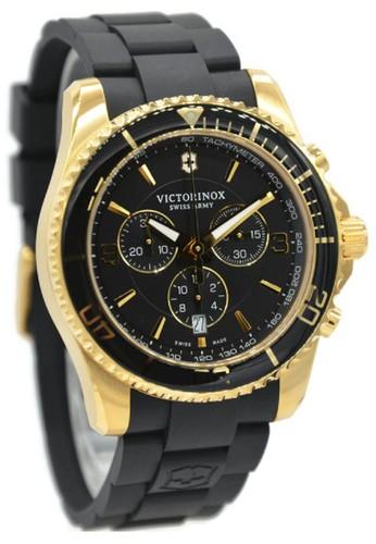 Victorinox Maverick Chronograph 249099 Jam Tangan Pria Rubber Strap Hitam Ring Gold