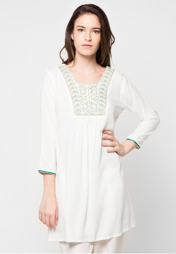 Chanira Festive Collection white and green Raisa Short Tunic CH354AA90BHLID_1