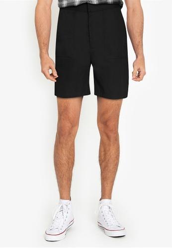 ZALORA BASICS black Patch Pocket Shorts 81C94AAAA8A904GS_1
