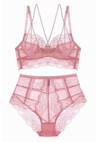 W.Excellence pink Premium Pink Lace Lingerie Set (Bra and Underwear) 7C924US6723458GS_1