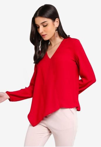 ZALORA 紅色 不規則層次上衣 DF860AAF0C3203GS_1