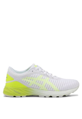 Asics white and yellow Dynaflyte 2 Shoes AS989SH0SVRXMY_1