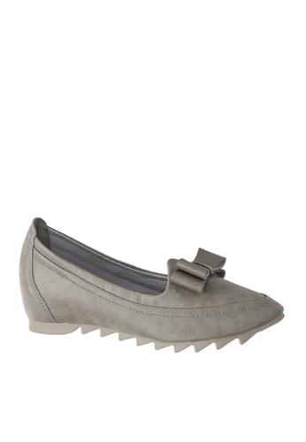 Twenty Eight Shoes grey Comfort Hidden Heel Shoes VC06632 99034SH1E30917GS_1