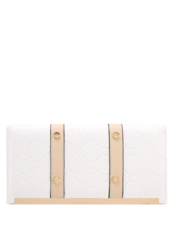 River Island white WHITE EMBOSSED TRAVEL WALLET E573EAC37C3D8FGS_1