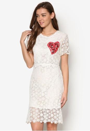Daisy's 愛心蕾絲連身裙、 服飾、 洋裝MeganeDaisy's愛心蕾絲連身裙最新折價