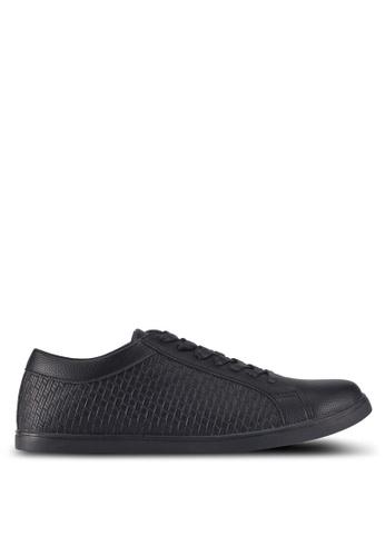 ZALORA black Textured Faux Leather Sneakers 94F8FSH8706D5BGS_1