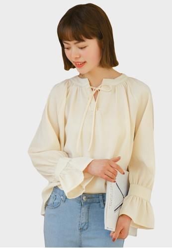 Shopsfashion beige Loose Fit Lace Up Blouse in Beige  6D410AAB4B1238GS_1