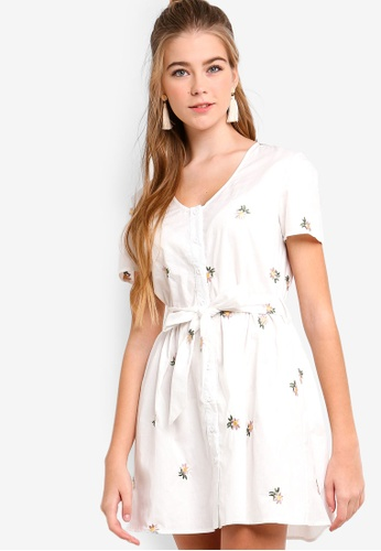 Something Borrowed white Embroidered Button Down Dress E3B3DAA7F6E1A5GS_1