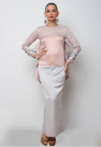 Galia Kurung in Dusty Pink from Blubelle in Pink