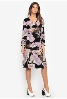 f693e6536633 Chloe Edit black and pink Hyacinth Wrap Dress 49B61AAEB0E393GS_1