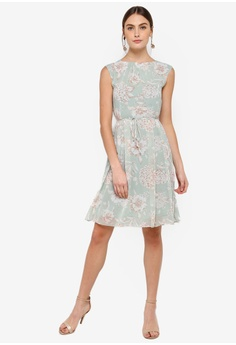 fece94103e3 50% OFF FORCAST Whitney Sleeveless Dress S  111.90 NOW S  55.95 Available in  several sizes