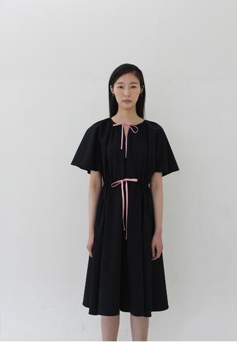 TAV Robinson 連衣裙 - 黑色 733D1AAE478927GS_1