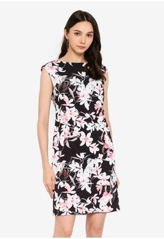 88a6bd7fe53a5 Wallis black Petite Black Floral Print Shift Dress B4EC3AAA0A1F0DGS_1