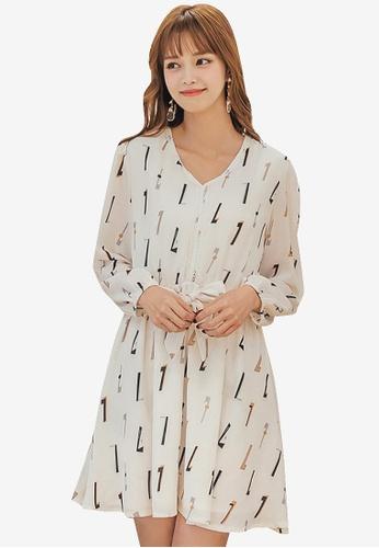 Yoco beige Geometric Printed Self-Tie Chiffon Dress D88D2AAA7C7BF7GS_1