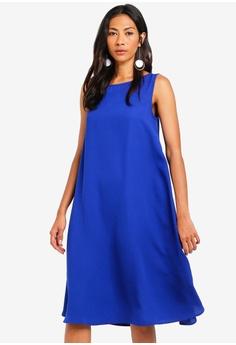 b1e76f5d7fa952 ZALORA BASICS blue Basic Cut Out Back Oversized Shift Dress  0EFA6AA6738526GS 1