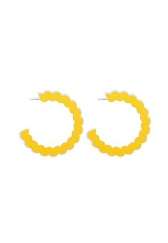 FOREVER 21 yellow Scalloped Metal Hoop Earrings B1C67ACDD7B035GS_1