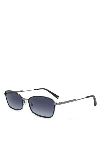 Kendall + Kylie black Leila Sunglasses 5ECA9GL7A2ED80GS_1