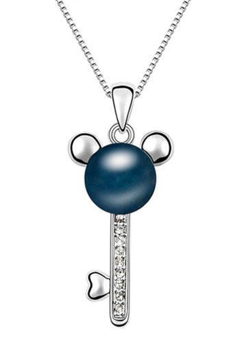 LOVENGIFTS blue LOVENGIFTS Pearl Mickey Pendant Necklace (Dark Blue) LO429AC19FDGMY_1