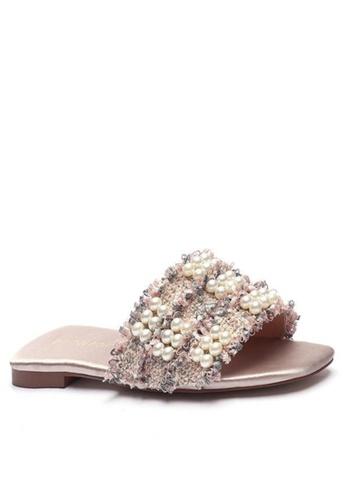 Twenty Eight Shoes Girly Pearl Buckle Mules 101-9 B2251SHC688A90GS_1