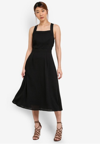 Something Borrowed black Pinafore Midi Dress With Pleats 62B28AA1298636GS_1
